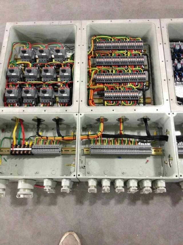 电路控制箱结构图